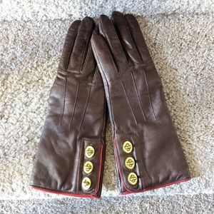 Beautiful Coach leather Turnlock gloves NWT 6.5